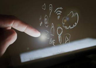 Sistemas Sociales, Redes y Empresa 2.0